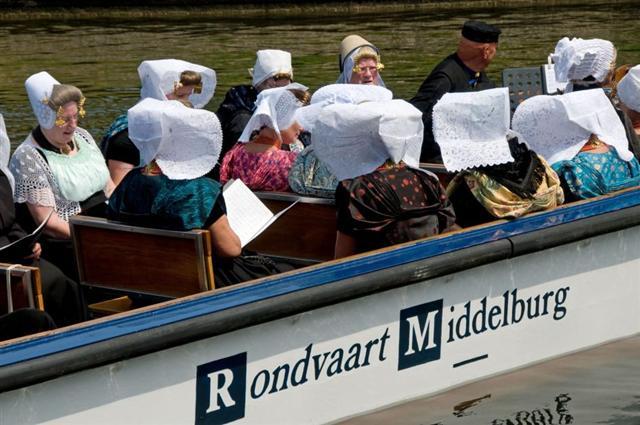 https://middelburgvolkoren.nl/images/stories/2010/verslag2010_html_m198caed5.jpg
